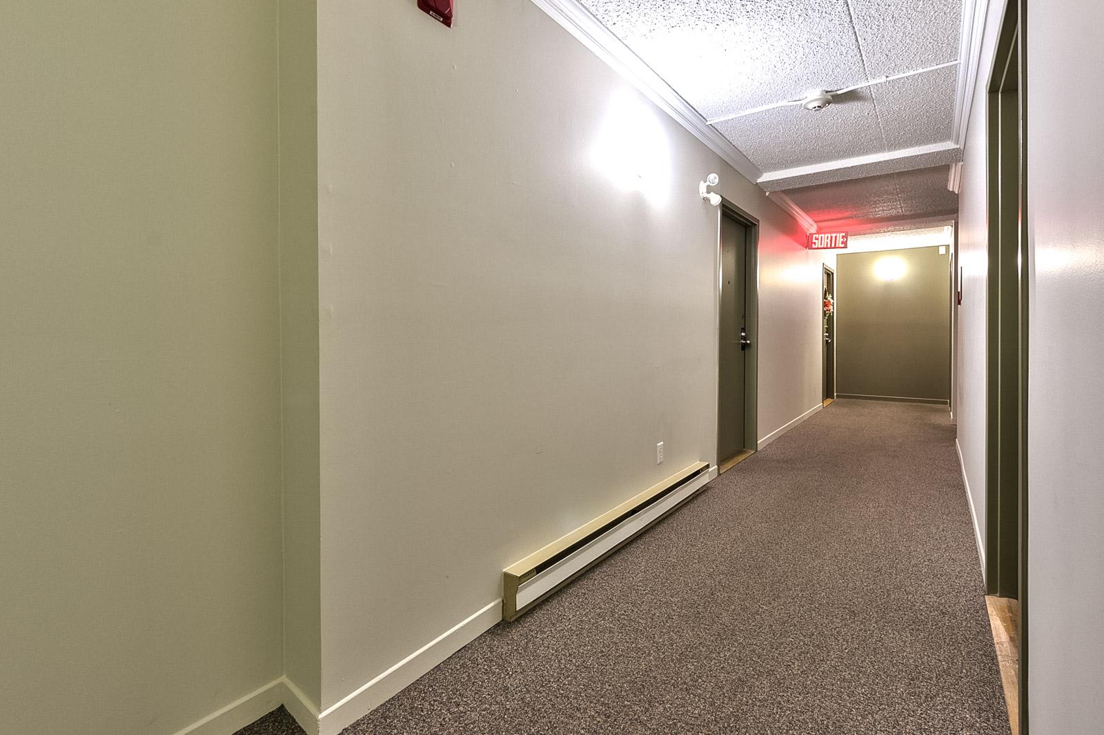 05_corridor_2417Mont